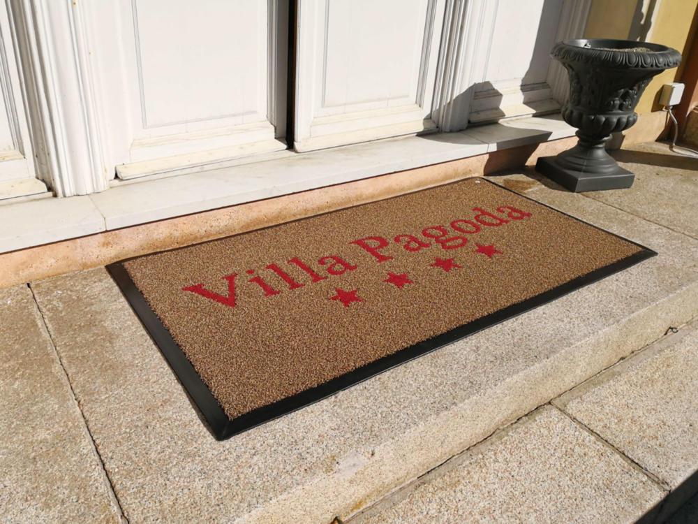 tappeti per alberghi, corsi, corridoi e ingressi, key51 realizza tappeti per strutture alberghiere italia ed estero